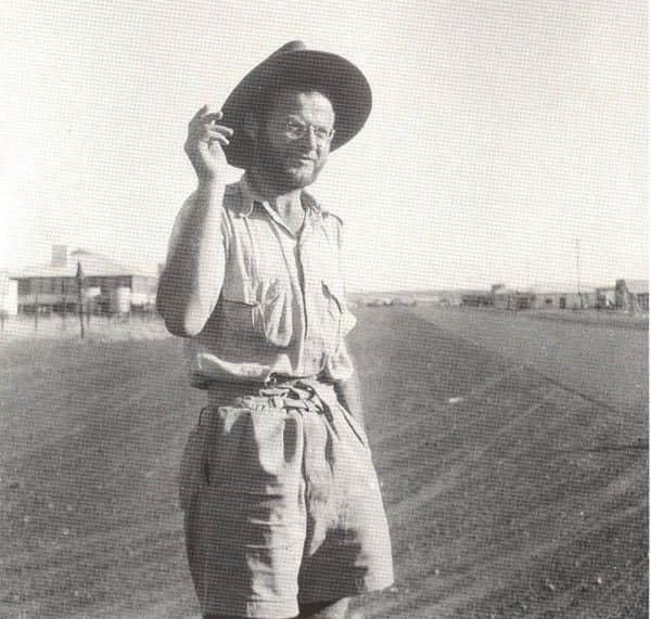 Guy Warren photograph, Klaus Friedeberger at Tennant Creek, 1948